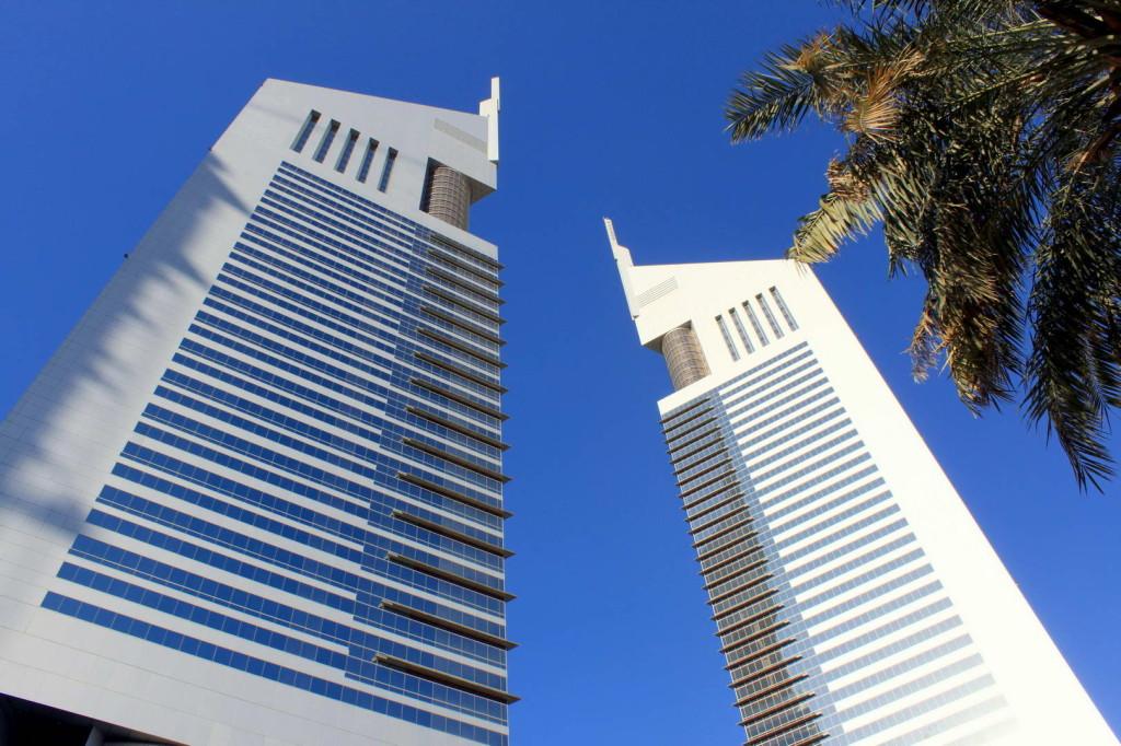 Emirates-Towers-Dubai-02.jpg