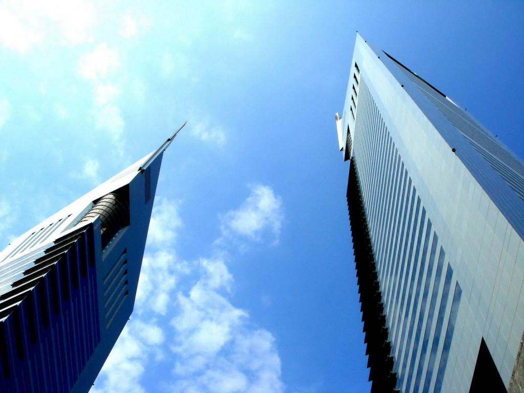 Emirates-Towers-Dubai-03.jpg