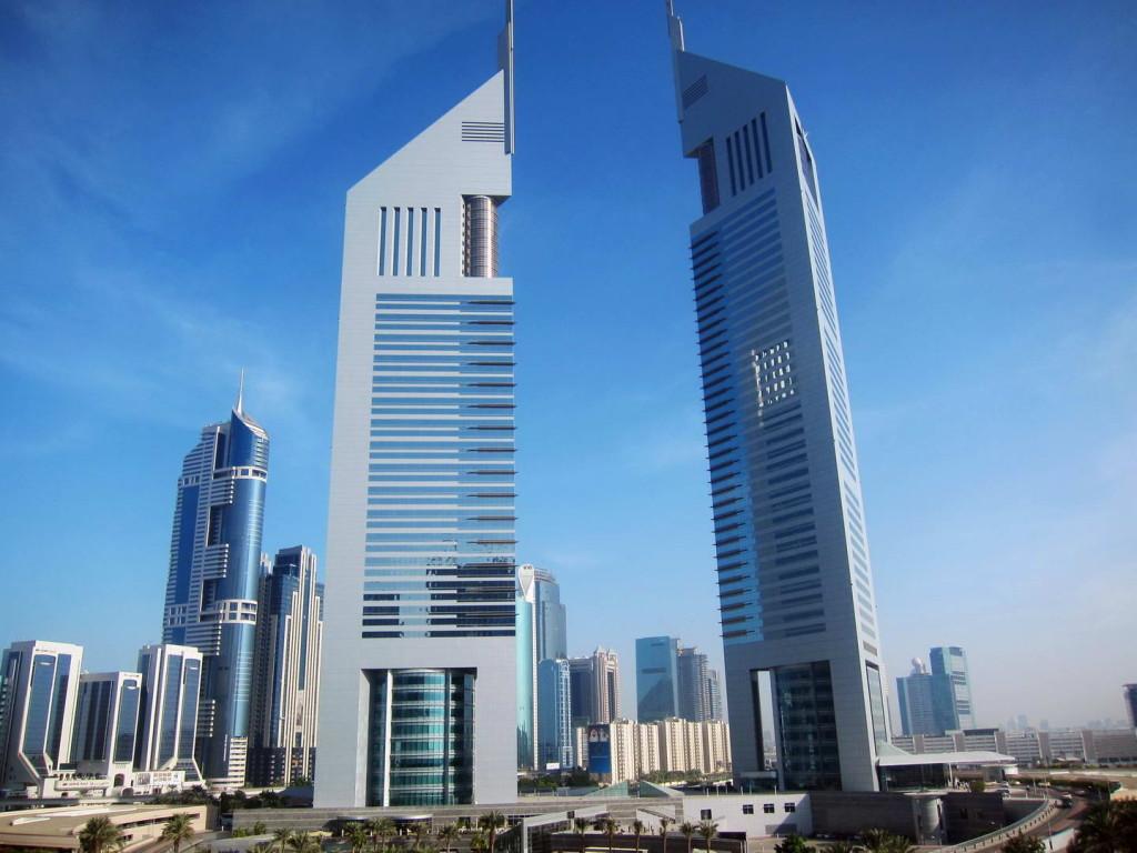 Emirates-Towers-Dubai-01.jpg