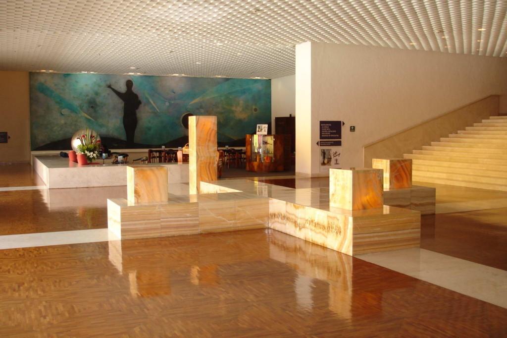 H.-Camino-Real-Mexico-City-5.jpg
